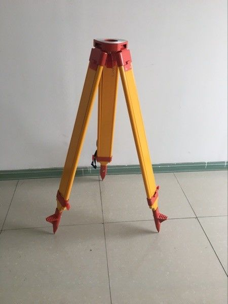 Total Station Accessories total station common use heavy wooden tripod supplier